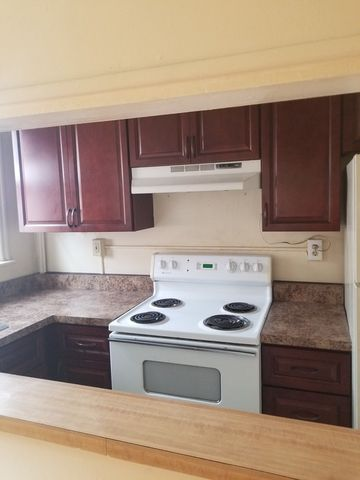 Photo of 611 N 16th St # 2, Allentown, PA 18102