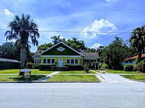 Photo of 124 E Pine St, Avon Park, FL 33825