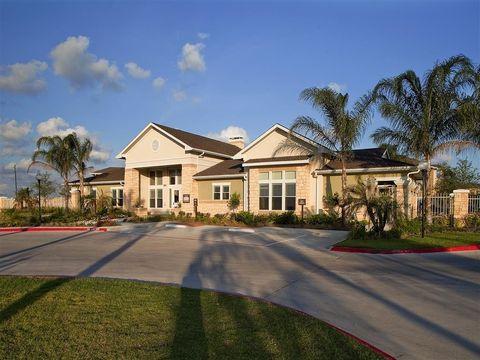 Photo of 7555 Medical Center Dr, Texas City, TX 77591