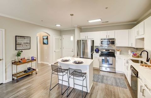 Photo of 141 Park At North Hills St, Raleigh, NC 27609