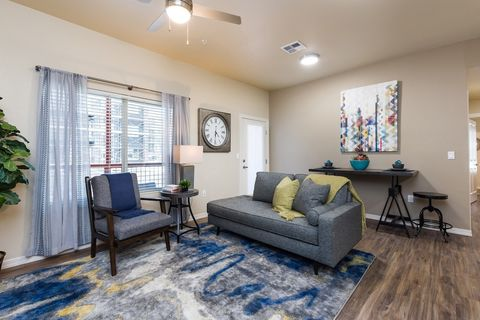 Photo of 2050 E Wisconsin Ave, Las Cruces, NM 88001
