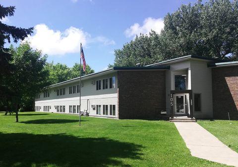 Photo of 105 Sunnyslope Rd, Morris, MN 56267