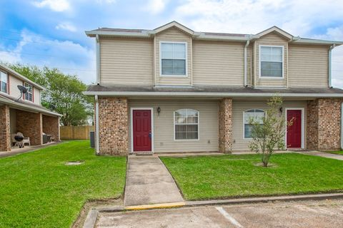 Photo of 846 Provision Ct Apt A, Gramercy, LA 70052