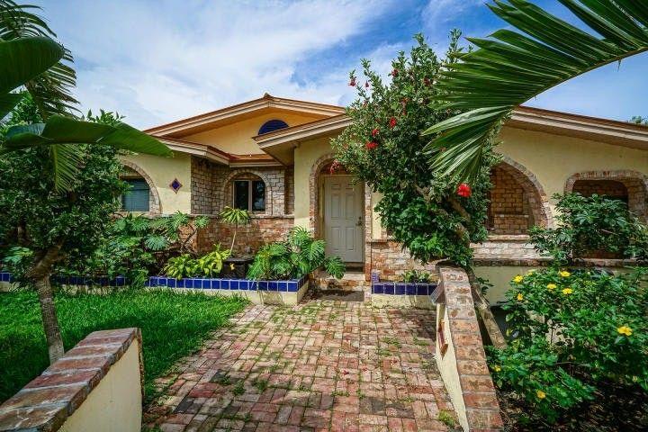 Astounding 25 Arbutus Dr Key West Fl 33040 Home Interior And Landscaping Synyenasavecom