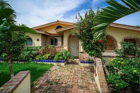 Strange Key Haven Key West Fl Apartments For Rent Realtor Com Home Interior And Landscaping Synyenasavecom