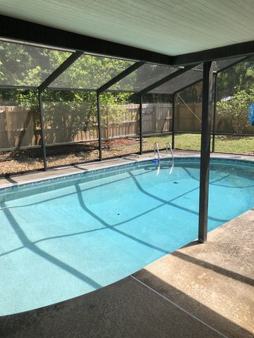 Photo of 2031 Nw 8th Pl, Gainesville, FL 32603