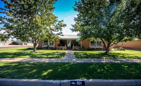 Photo of 501 John Doe St, Clovis, NM 88101