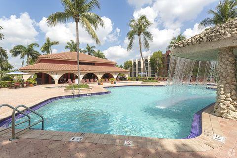 Photo of 19455-19477 Ne 10th Ave, North Miami Beach, FL 33179