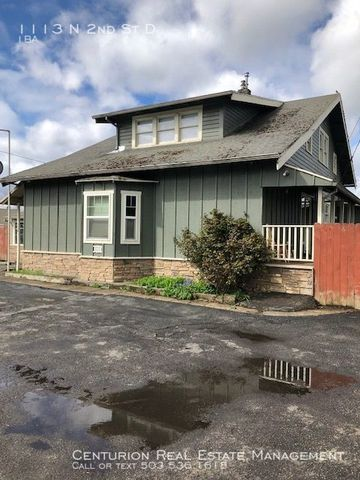 Photo of 1113 N 2nd St # D, Silverton, OR 97381