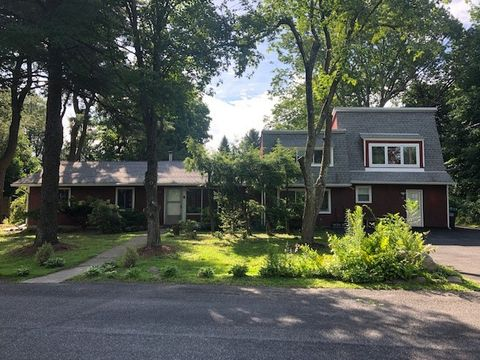 Photo of 19 Apple Rd Rm 3, New Paltz, NY 12561