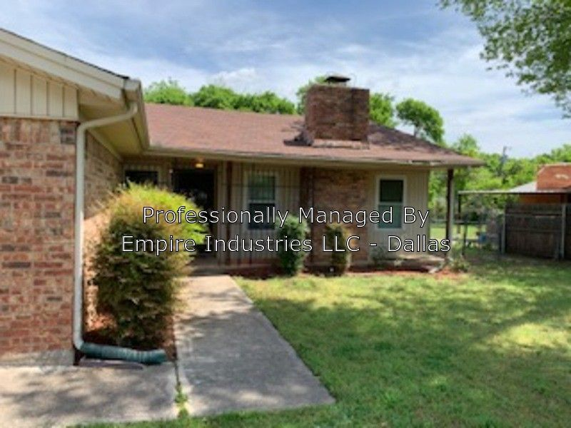 2118 Andover St, Fort Worth, TX 76114
