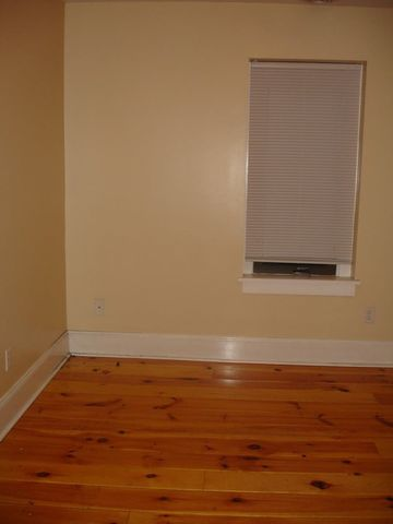 Photo of 518 N Queen St, Lancaster, PA 17603