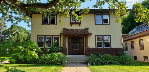 Photo of 3327 E Minnehaha Pkwy, Minneapolis, MN 55417
