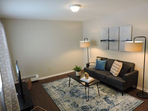 Bedroom Parkway Rentals Rochester, Ny | Apartments In 2 Bedroom ...