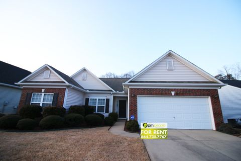 Photo of 668 Timber Walk Dr, Simpsonville, SC 29681