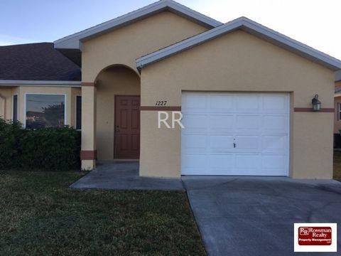 1227 Andalusia Blvd, Cape Coral, FL 33909