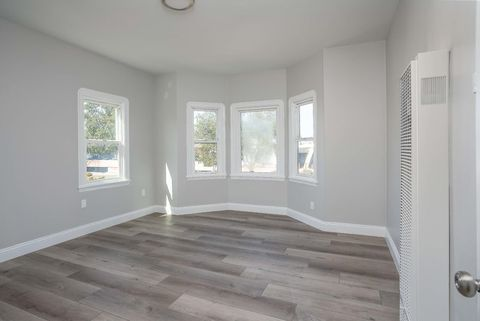 Photo of 2684 73rd Ave, Oakland, CA 94605