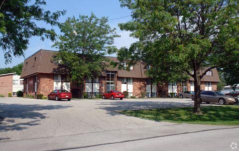 Photo of 540 W Alexis Rd, Toledo, OH 43612