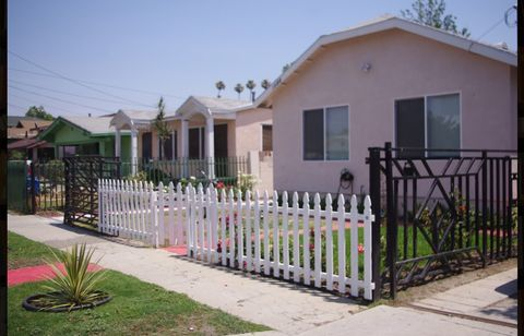 Photo of 1588 W 36th Pl, Los Angeles, CA 90018