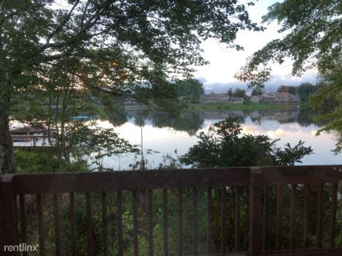 Photo of 356 Lake Catherine Ln, Crossville, TN 38558