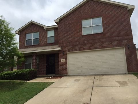Photo of 10117 Mt Pheasant Ct, Fort Worth, TX 76108