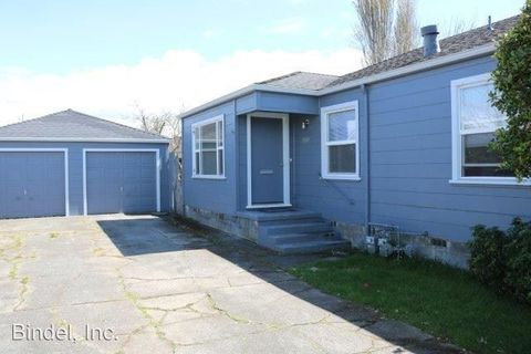 Photo of 1307 K St, Eureka, CA 95501