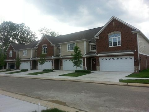 6061 Windemere Ln, Shelby Township, MI 48316
