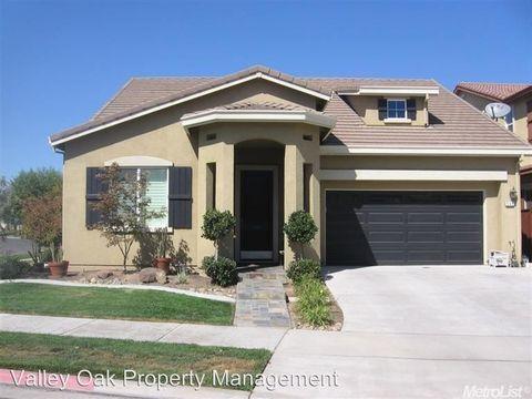 554 Stetson Dr, Oakdale, CA 95361