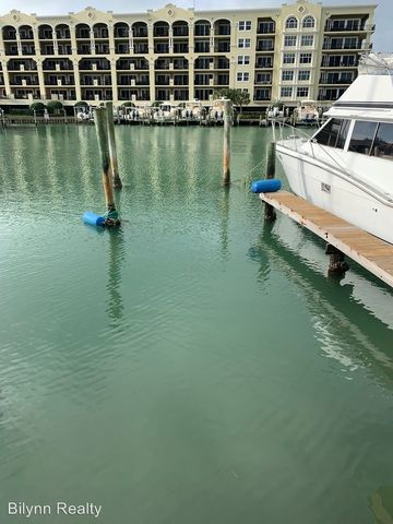 Photo Of 223 Dolphin Pt Clearwater Beach Fl 33767 Apartment For Rent