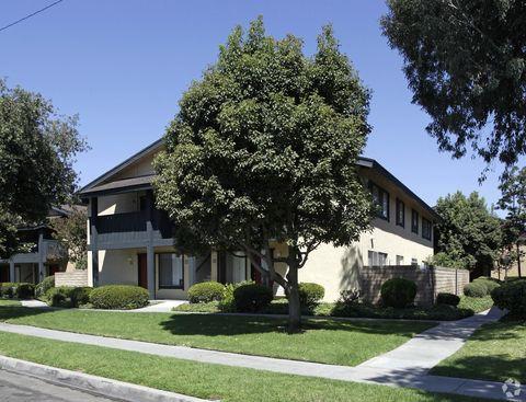 2000 W Glenoaks Ave, Anaheim, CA 92801