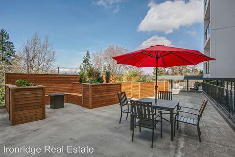 Photo of 2200 Sw Barton St, Seattle, WA 98106