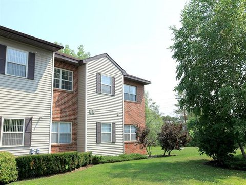 Exceptional 104 Connor Ct, Niskayuna, NY 12309. Apartment For Rent