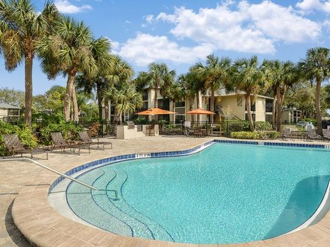 201 Plantation Club Dr Melbourne FL 32940