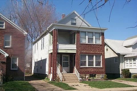 Photo of 130 E 32nd St, Erie, PA 16504