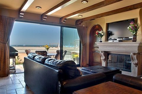Photo of 66 The Strand, Hermosa Beach, CA 90254
