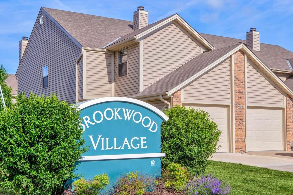 Brookwood Village Townhomes