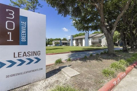 Photo of 301 N Greenville Ave, Allen, TX 75002