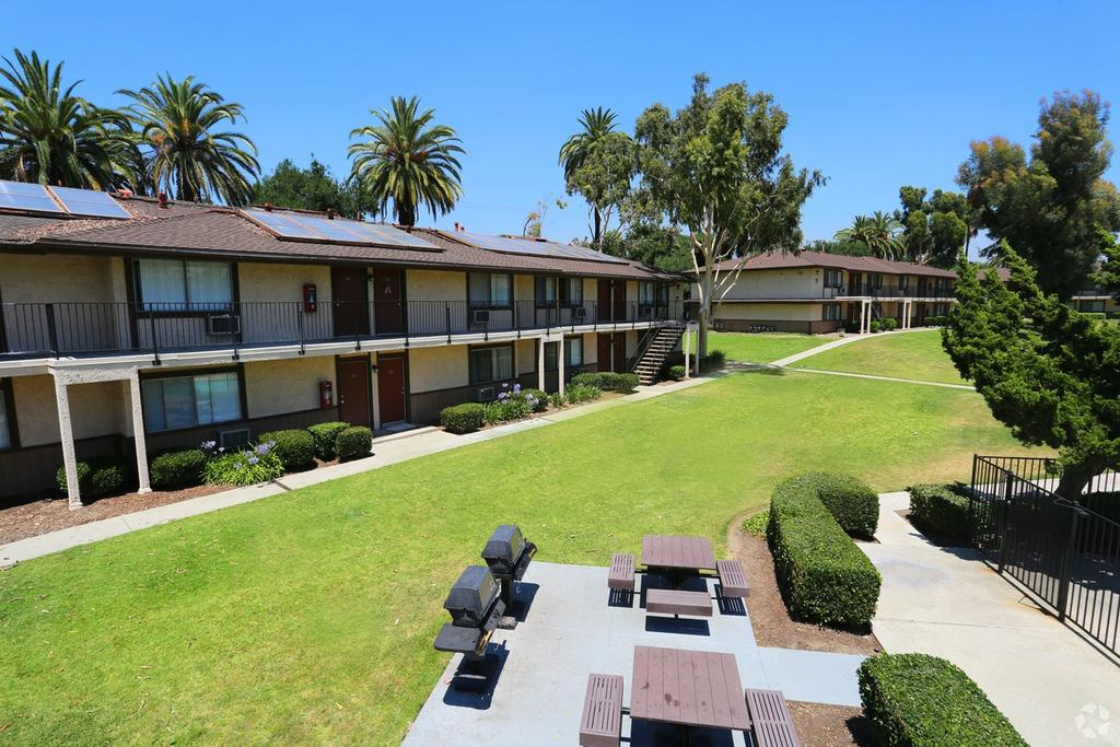 San Dimas Village Apartments