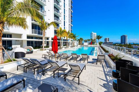 Superb Lake Forest Park Miami Fl Apartments For Rent Realtor Com Download Free Architecture Designs Ferenbritishbridgeorg