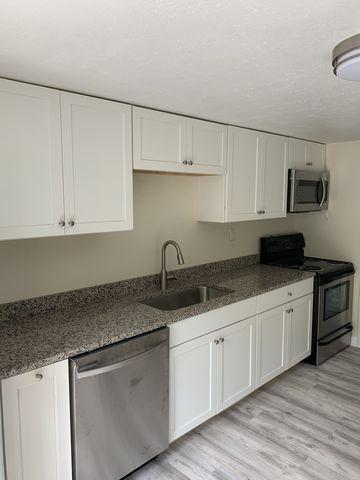 Photo of 36 Maple Rd, Williston, VT 05495