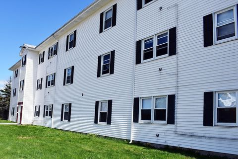 Photo of 818-830 Ohio St, Bangor, ME 04401