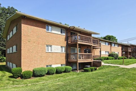 13322 Hunter Hill Dr, Hagerstown, MD 21742