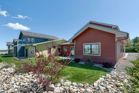 Photo of 58 16th St, Wheatland, WY 82201
