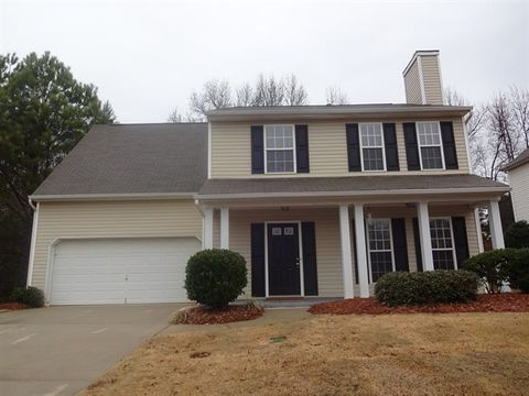 Photo of 300 Whixley Ln, Greenville, SC 29607
