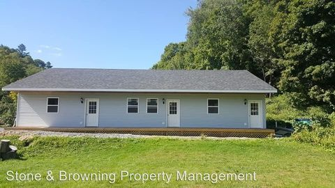 258 Union St, Northfield, VT 05663