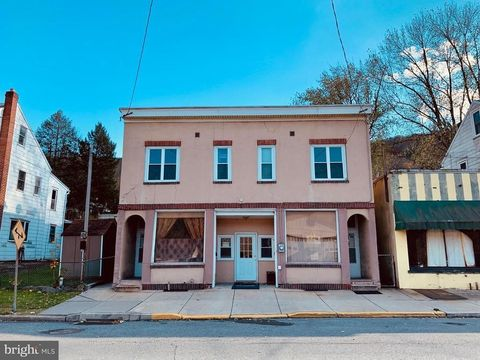 Photo of 44 E Bacon St Rm A, Pottsville, PA 17901