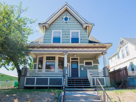 Photo of 2027 N Williams Ave, Portland, OR 97227