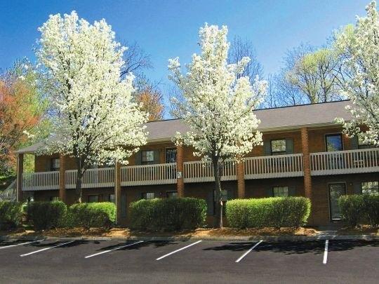 Lindsey Manor Apartments Kernersville North Carolina