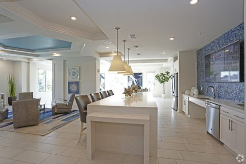 Outstanding 1551 Flournoy Cir W Clearwater Fl 33764 Beutiful Home Inspiration Ommitmahrainfo