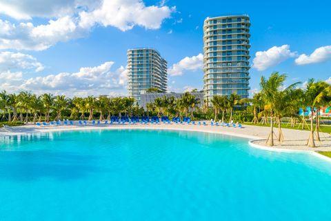 Photo of 2321 Laguna Cir, North Miami, FL 33181